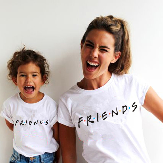 1PC FRIENDS Printed T-shirt Mom and Daughter Matching Clothes Casual Family Look Kids Tshirt+Mom T Shirt Matching Family Outfits