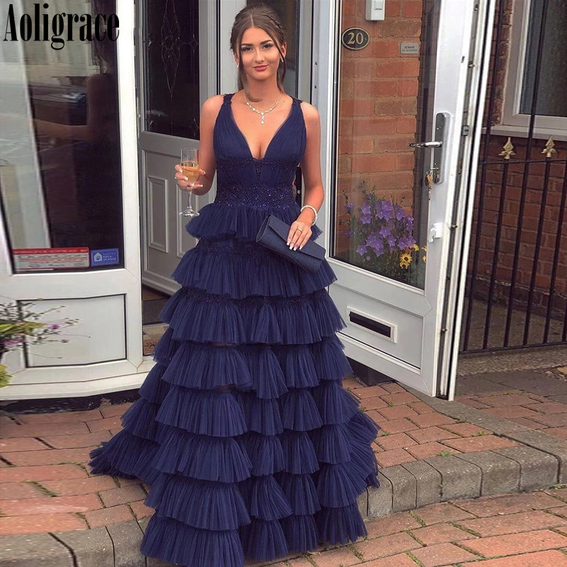 Elegant Tiered Prom Dresses V-Neck Sweep Train Vestidos De Fiesta Modern Special Occasion Dresses Hot Formal Party Evening Gowns