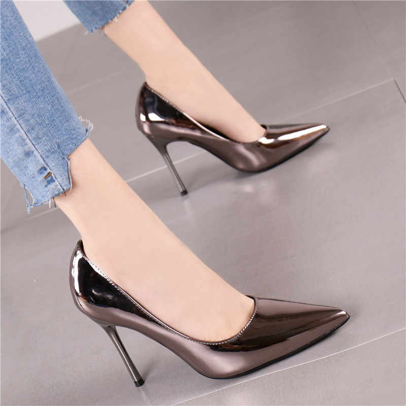 Farbe Bankett frauen Schuhe Temperament Sharp ferse Schuhe mit hohen absätzen Frau Goldene Patent Leder Einzigen Schuh