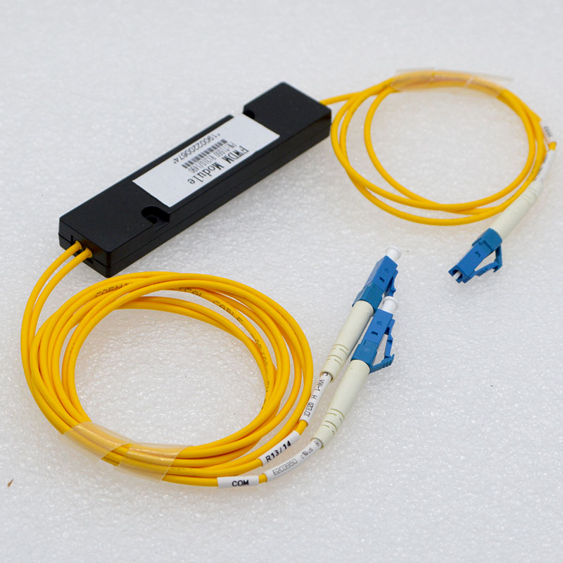 Nuevo LC óptica 1:2 multiplexer de fibra FWDM T1550 R1310/1490 nm LC PC de fibra óptica demultiplexor venta al por mayor especial envío gratis Interruptor de fibra óptica 4 1,25G SC 2 1000M RJ45, interruptor Gigabit Ethernet de Grado Industrial, modo único de fibra PCB