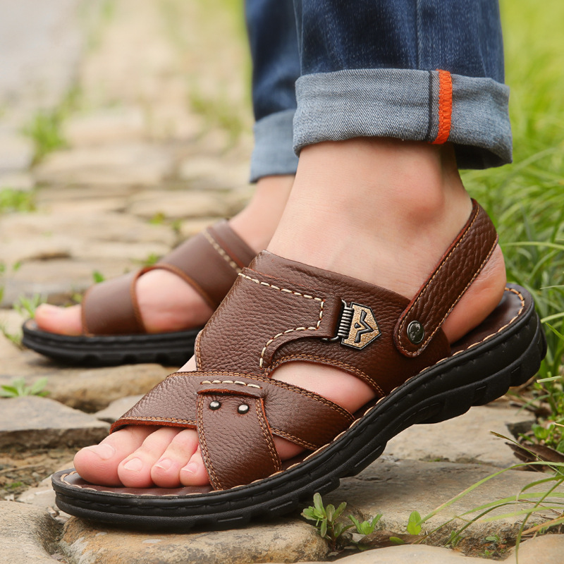 2019 Summer Big Size Men's Sandals British Fashion Genuine Leather Beach Shoes Mens Casual Massage Non-Slip Large Slippers Flats