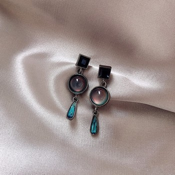 Dominated Vintage style Resin Water Drop design earrings contracted temperament Women Korean new