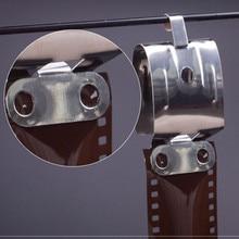 Grampos de aço inoxidável do filme da página negativa do filme 120 135 35mm da câmara escura do ar-seco de 2 pces com ligação reta