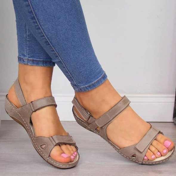 Women Flat Sandals 2020 Summer Open Toe Solid Faux Leather Orthopedic Women Shoes Casual Platform Rome Ladies Gladiator
