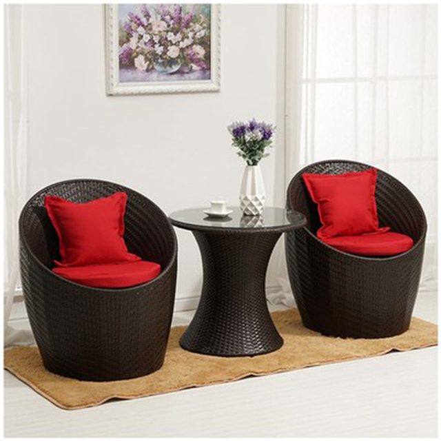 Rattan Outdoor Round Table w/Chairs 1