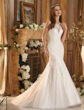 Женское кружевное свадебное платье розовое с высоким воротником