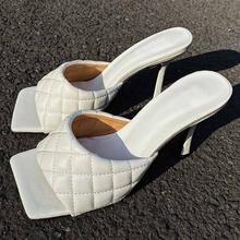 Женские летние шлепанцы на тонком высоком каблуке сандалии с