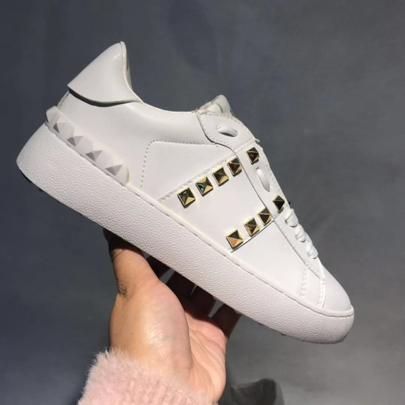 Women & Men Genuine Leather Brand Sneakers Casual Leisure Rivets Running Sports Shoes Unisex Walking Tennis Skateboard Shoes