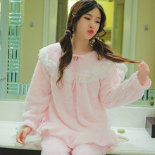 Coral Velvet Ladies Pajamas Autumn and Winter Thick Flannel Lace Collar Two-piece Home Clothes Comfortable Lovely