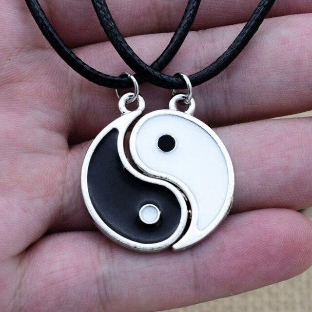 Ragot Tai Chi Yin Yang collier pour femmes en cuir 2 pendentifs partager blanc noir amitié Couples colliers cadeaux de noël nouveau