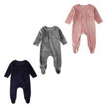 Новинка года, Лидер продаж, летняя одежда для новорожденных, одежда для маленьких мальчиков и девочек бархатные однотонные комбинезоны с длинными рукавами, одежда на возраст от 0 до 18 месяцев