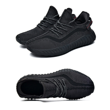 Mens Womens Casual Shoes Kanye West Men Women Breathable Flyknit Mesh Gym Running Sneaker
