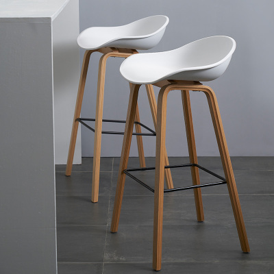 Nordic Simple Modern Solid Wood Bar Chair Fashion Front Desk High Stool Leisure Cafe Designer Creative Bar Chair