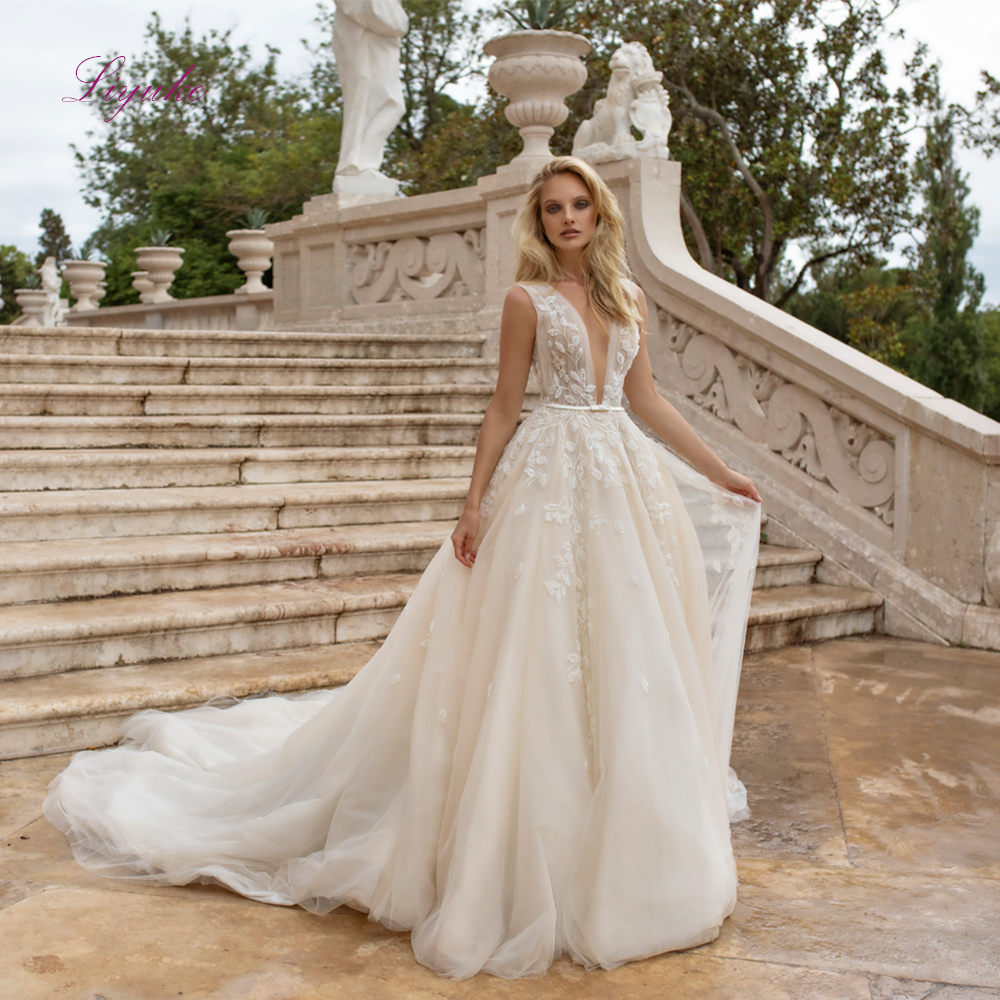 Liyuke 2019 Married A-line Wedding Dress V-Neck Lace Appliques Sequined Backless Sleeveless Layered Customized Floor-length