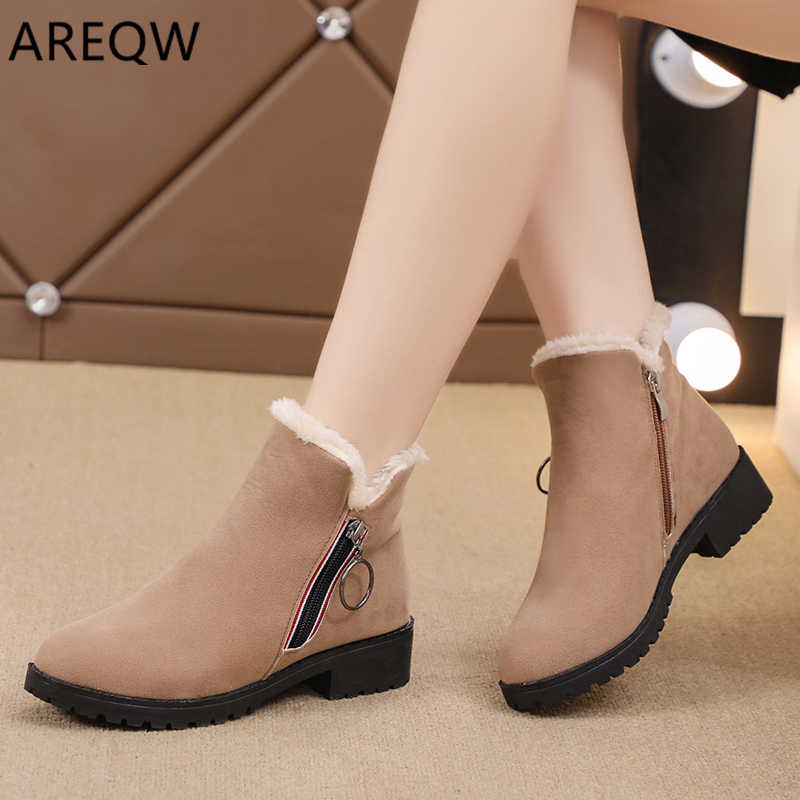 2019 New Fashion Platform Winter Boots Women Shoes Black Martin Boots Suede Leather Slip-on Ankle Boot Buckle Botas Mujer