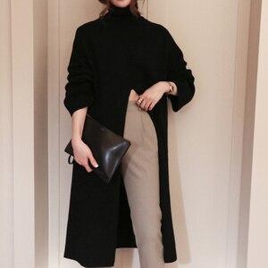Image 2 - Женский вязаный свитер TWOTWINSTYLE, черный пуловер оверсайз с длинным рукавом и разрезом на осень