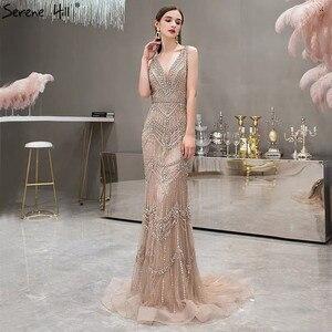 Image 5 - כסף עירום ללא שרוולים צעיף חוט נוצות V צוואר בת ים יוקרה סקסי פורמליות ערב שמלות 2020 Serene היל LA70171