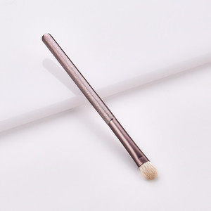 Image 4 - 1pc Luxury Purple Makeup Brushes Set For Foundation Powder Blush Eyeshadow Concealer Make Up Brush Cosmetics Tools