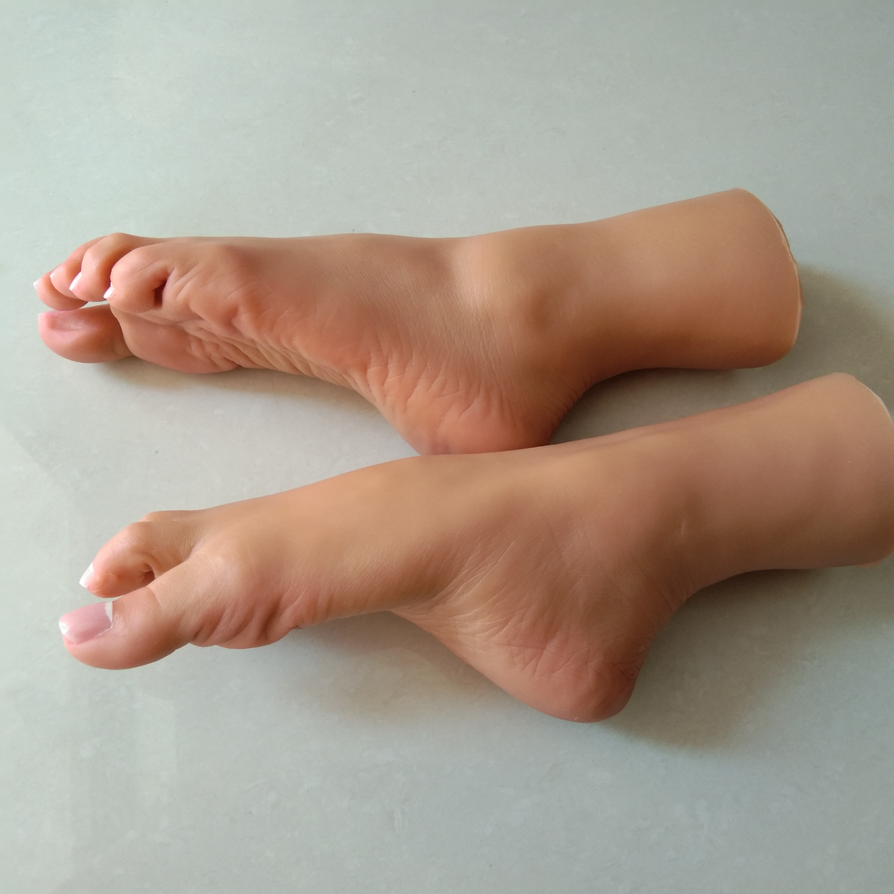 Lifelike Silicone Sex Dolls New Girls Allure Foot Feet Fetish Toys Fake Foot Model 1pair Tan Skin