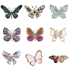 Fashion Colorful Butterfly Brooches Metal Crystal Rhinestones Cutout Brooch Animal Pins Banquet Wedding Bouquet Brooch Gifts