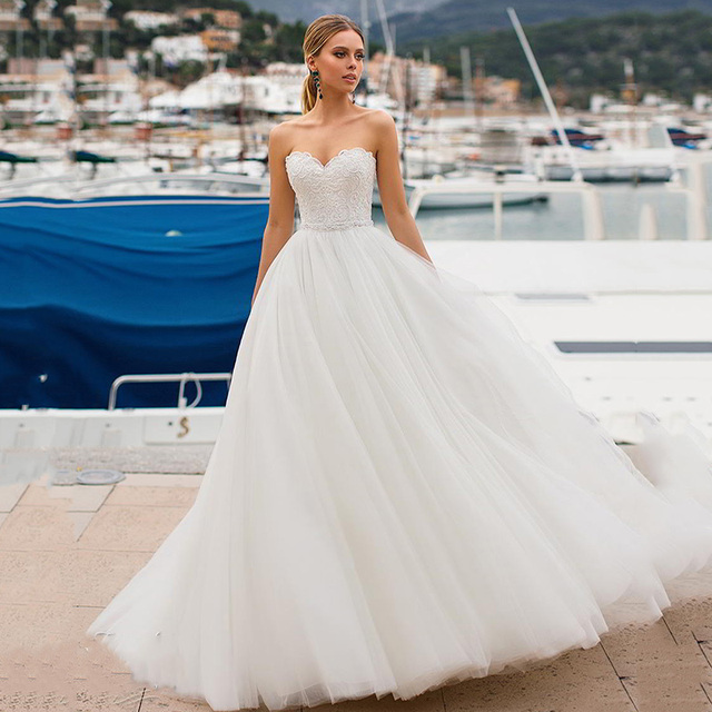 Ruby Cheap Vogue Ball-Gown Wedding Dress 2021 Strapless Sweetheart Auknia Slubna Lace-Up White Tulle Appliques Vestido Novia 1