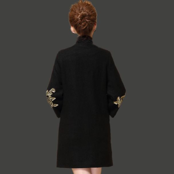 Middle-aged Women's Wool Coat Autumn And Winter Clothing Embroidery Thick Woolen Black Red Coat Embroidered M To 4XL DA299