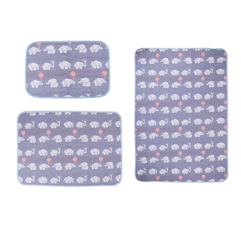 30*45CM Baby/'s Soft Padded Baby Washable Changing Mats Waterproof Bedsheet Mats