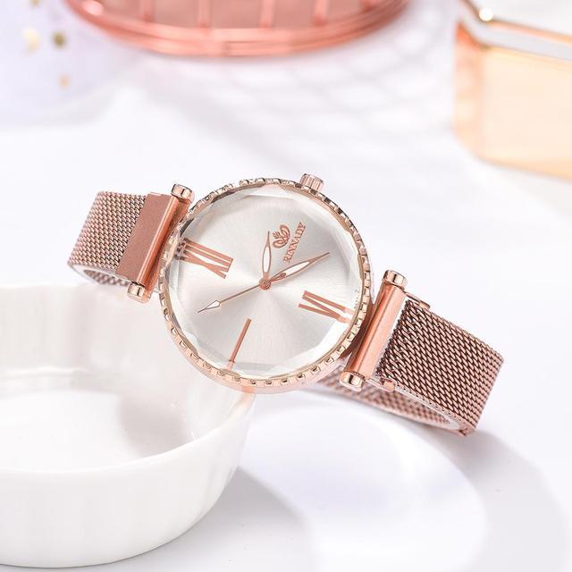 5pcs/set Luxury Women Watches Roman Numerals Magnet Buckle Ladies Wrist Watch Dress Simple Watch And Bracelet Set Womens Reloj