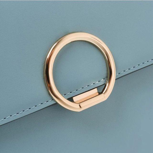 Металлическая застежка круглой формы с поворотным замком для
