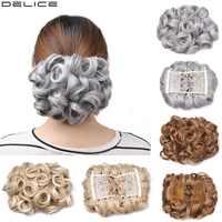 Delice femmes bouclés élégant Chignon synthétique gris élastique Net cheveux Chignon avec deux peignes en plastique Updo couverture mariage cheveux pièce