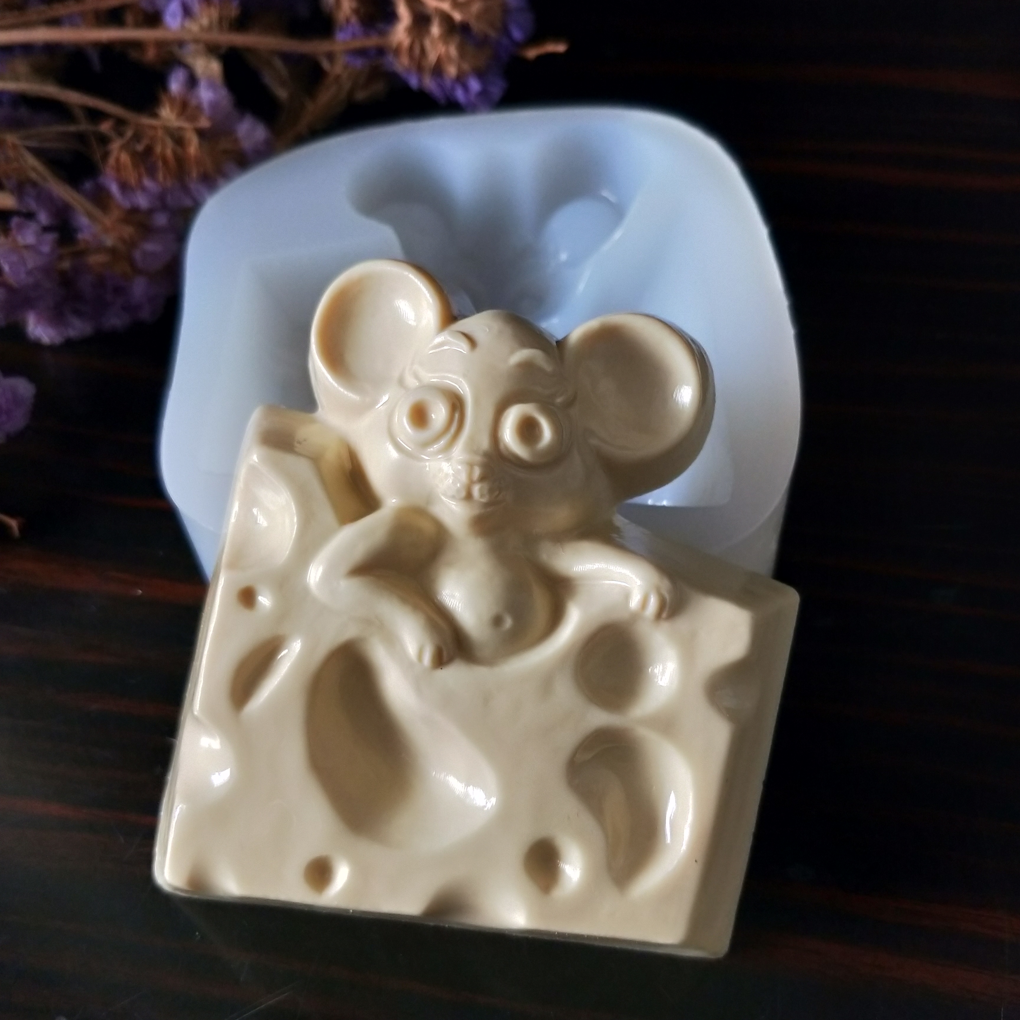 Mouse Chocolate Candy Mold Christmas  2010 NEW