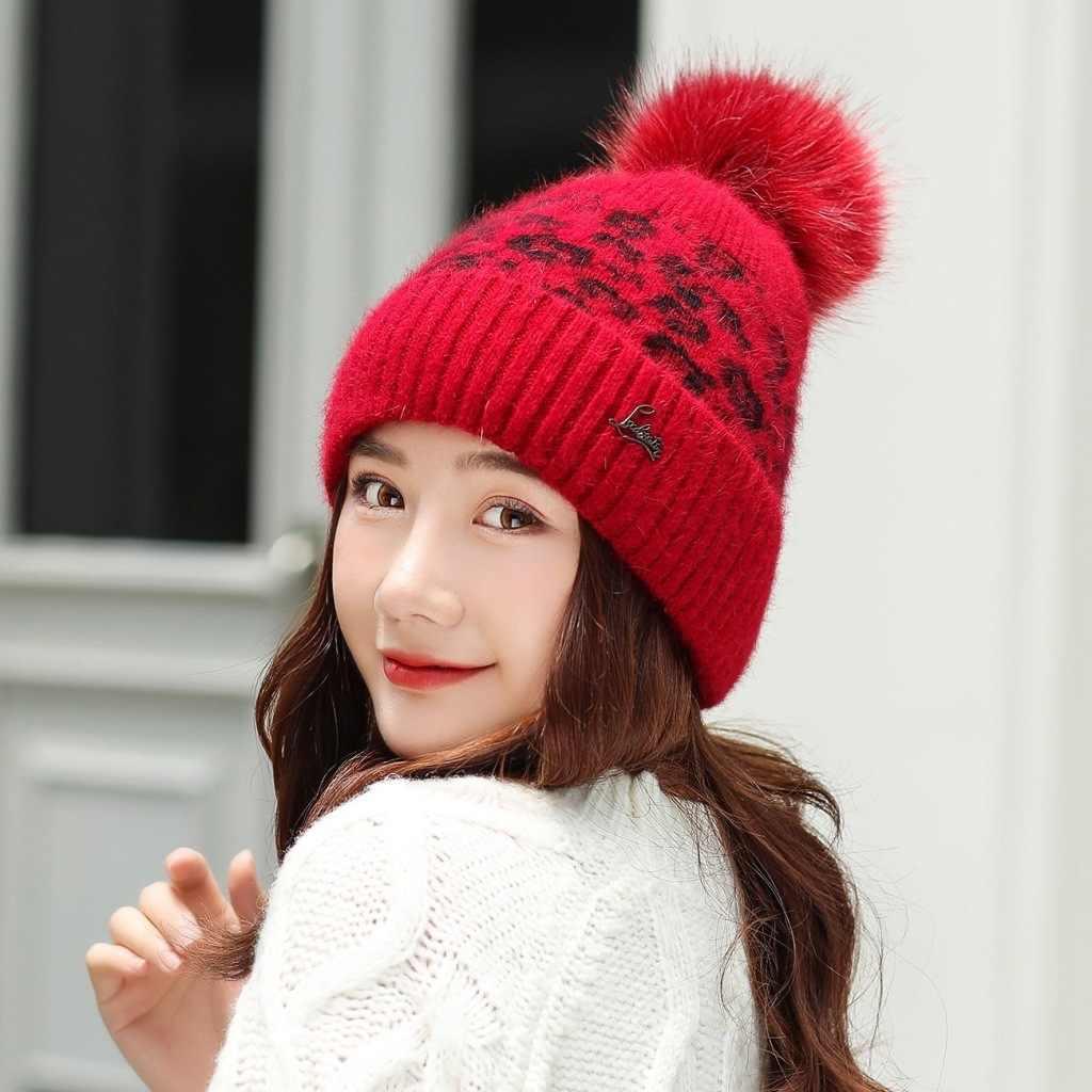 Nieuwe vrouwen hoed winter Luipaard beanie gebreide hoed Angola konijnenbont Motorkap meisje hoed herfst vrouwelijke cap met bont pom pom