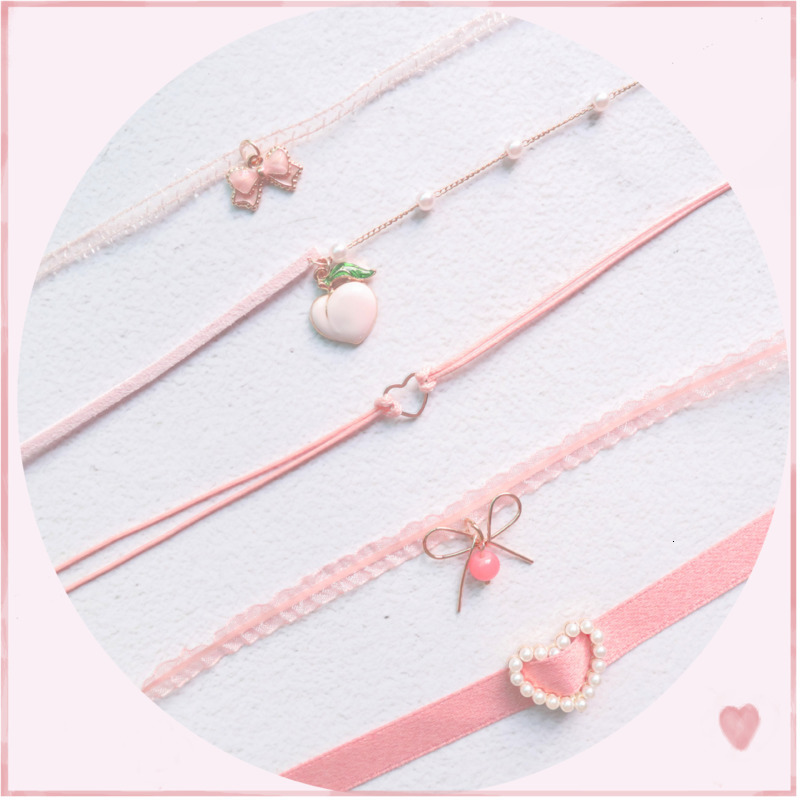 Japanese Kpop 2020 Spring New Pink Peach Heart Pendant Choker Short Clavicle Necklaces Fashion For Girl Cute Aesthetic Jewelry