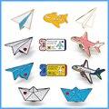 Мультяшные эмалированные булавки с памятью детства, самолет, рюкзак, кнопка для одежды, значок, билет на самолет, ювелирные изделия для дете...