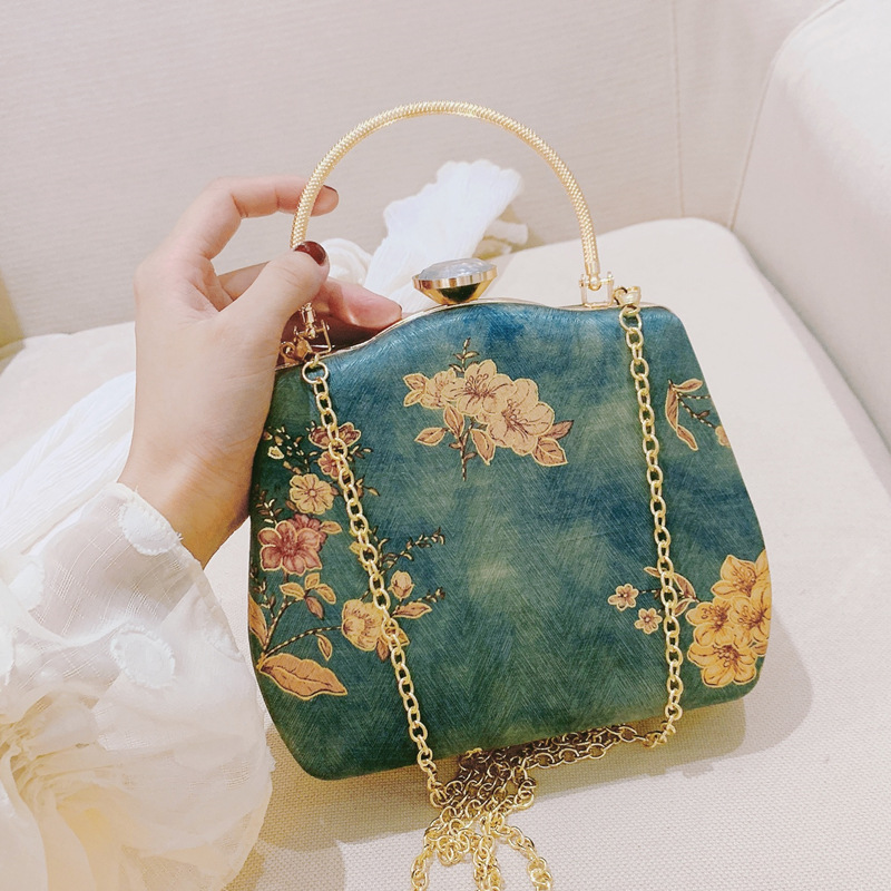 2020 New Chinese-Style Vintage Printed Cheongsam Handbag All-match Clutch Bag