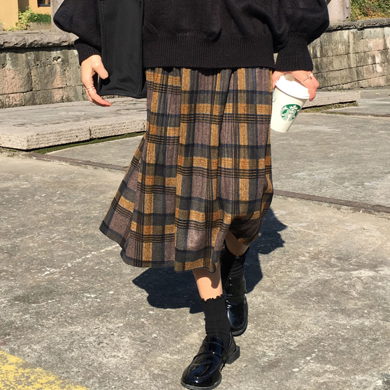 Vintage Plaid Pleated Long Skirts Winter Women Punk Rock Korean Woolen Skirt Streetwear Drawstring Elastic Waist Midi Skirt