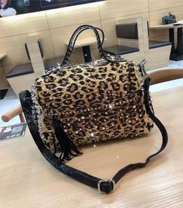 Image 3 - luxury fashion Rivet rhinestone womens handbag new ladies diamond bag women shoulder Messenger bag female Leopard print bags