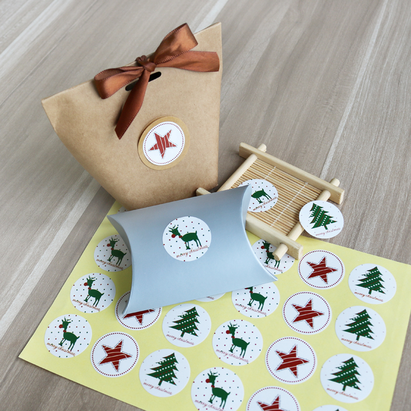 60Pcs 5 Sheets Merry Christmas Stickers Elk Christmas Tree Star Label Sealing Sticker For Baking Gifts Paper Stationery Stickers