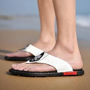 Image 5 - Мужские уличные сандалии ; Новинка 2020 года ; Кожаные Вьетнамки с узором в елочку; Повседневная модная Нескользящая износостойкая обувь