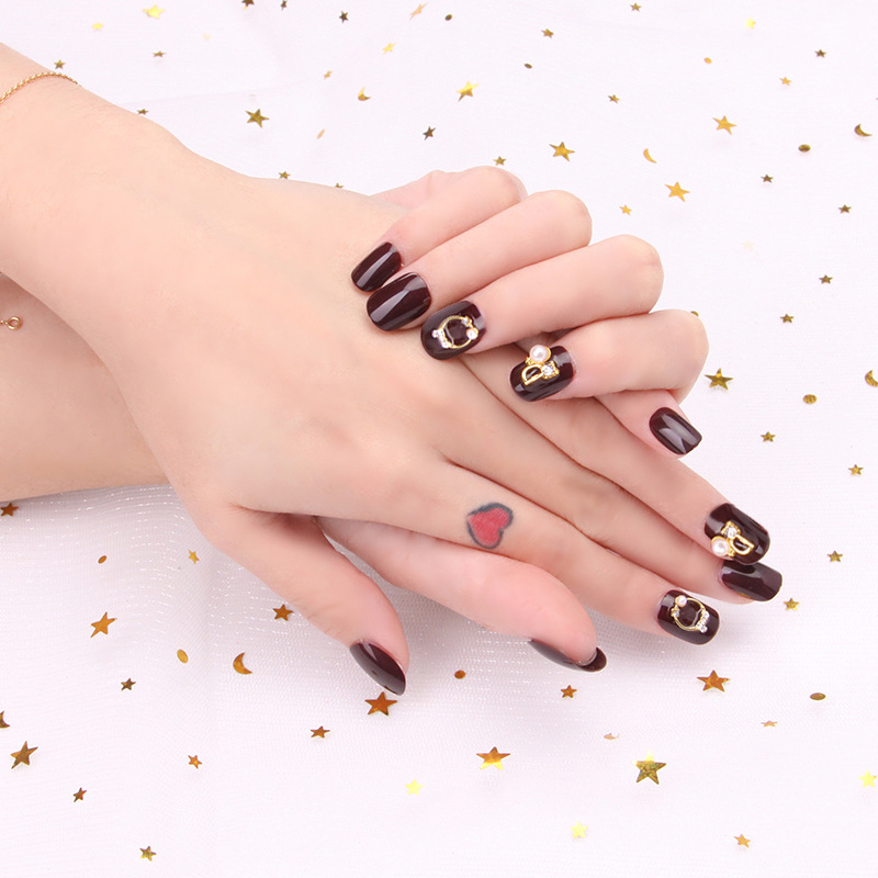 Wear Manicure Patch Short Cool White Cherries Fake Nails Finished Product 24 Piece Manicure Deconstructable Nail Sticker