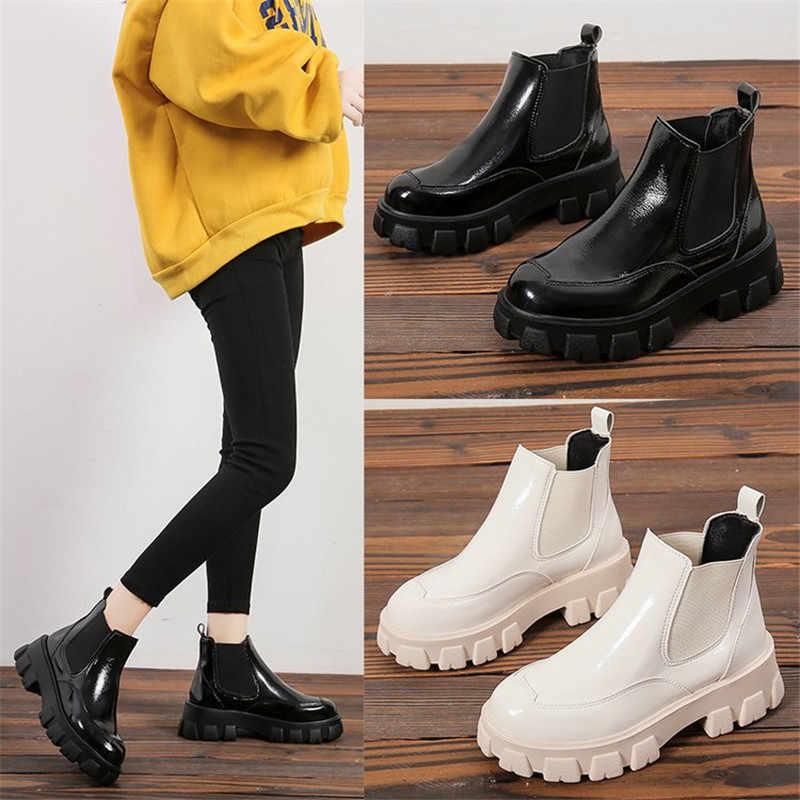 Punk Stil Wohnungen Plattform Frauen Stiefeletten Mode Damen Slip auf Chunky Schuhe Weiß Schwarz frauen Motorrad Stiefel