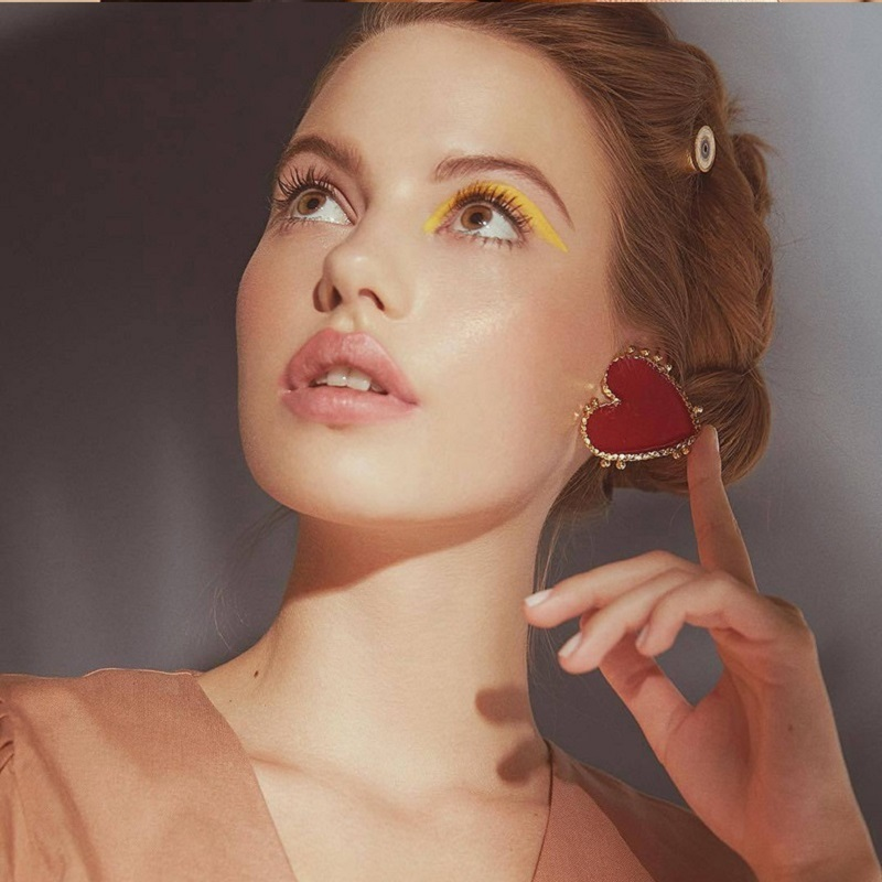 Купить с кэшбэком Acecare European And American Cross-Border Retro Alloy Drip Nectarine Heart Gold Edge Red Acrylic Heart Hot Selling Earrings