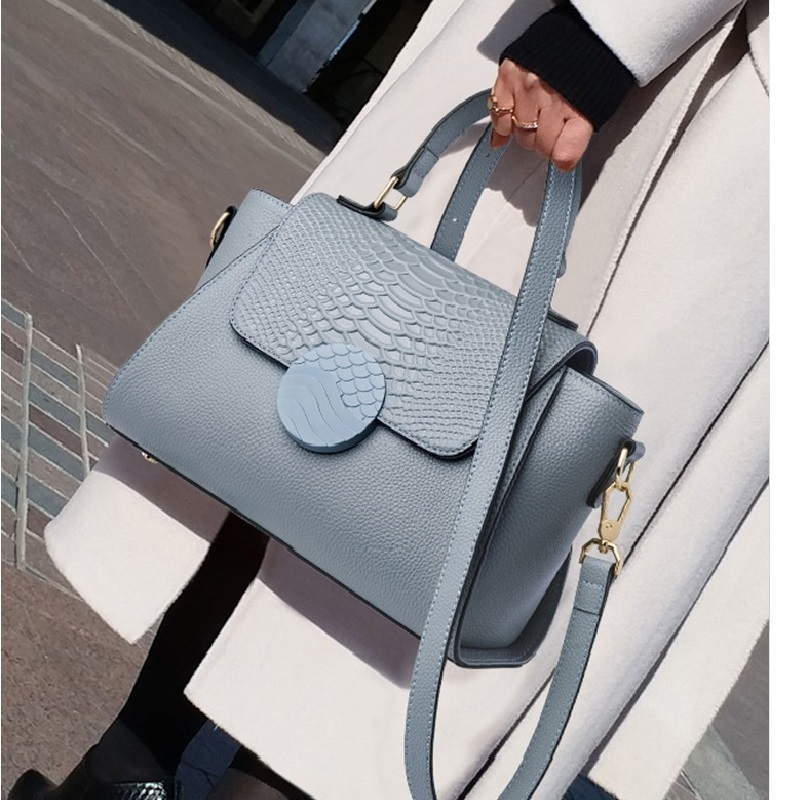 ZOOLER Luxury Brand Designer genuine leather Woman bags Purses Totally Black Leather handbags Well Shaped Cover Shoulder Bags