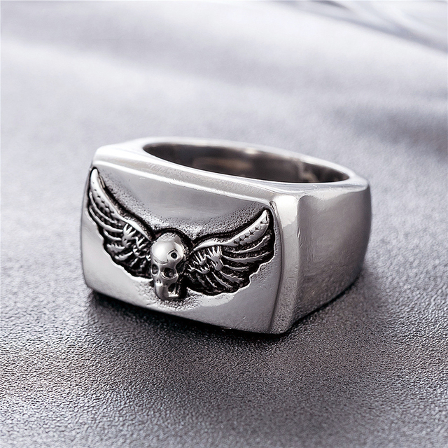 STAINLESS STEEL WINGS SKULL RINGS