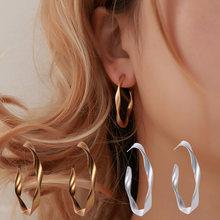 Популярные новые геометрические серьги гвоздики для женщин модные