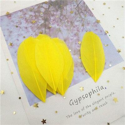 Натуральные гусиные перья 4-8 см, многоцветные белые перья, поделки своими руками, украшения для свадебной вечеринки, аксессуары, 50 шт - Цвет: yellow 50pcs