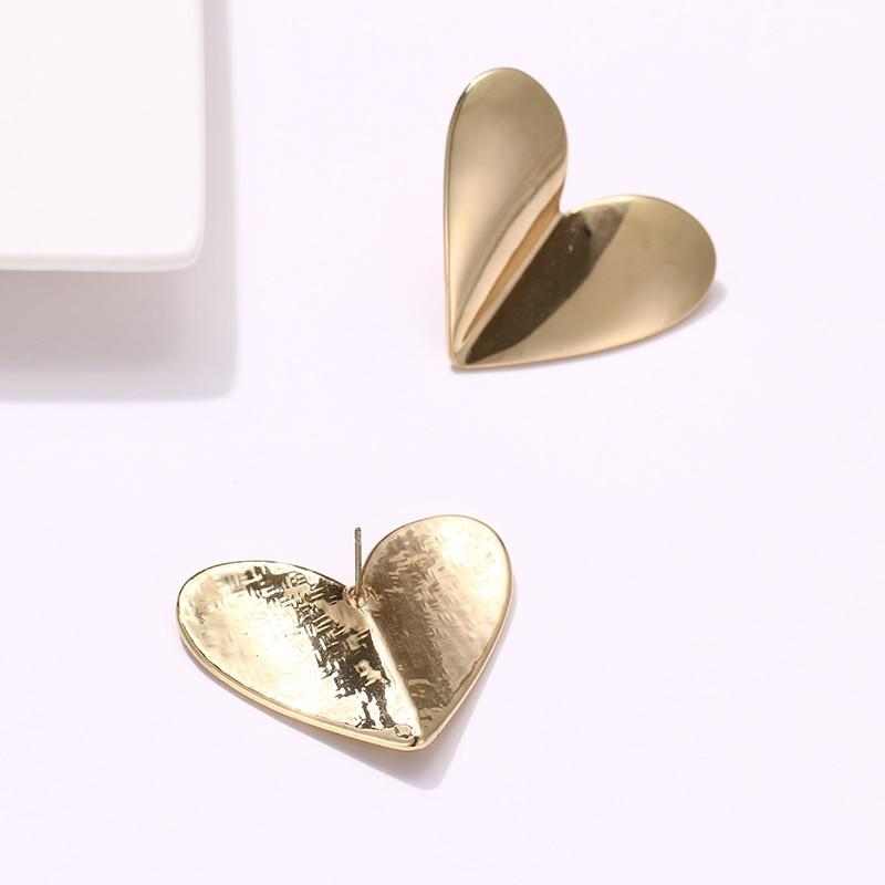 Mchic New Fashion Copper Geometric Heart Stud Earrings Minimalist Gold Metalic Earrings 18 K Women Office Party Accessoties S925 in Stud Earrings from Jewelry Accessories