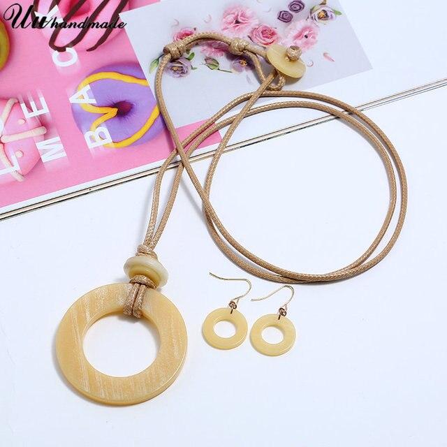 Фото женское длинное ожерелье массивное ювелирное изделие длинная цена