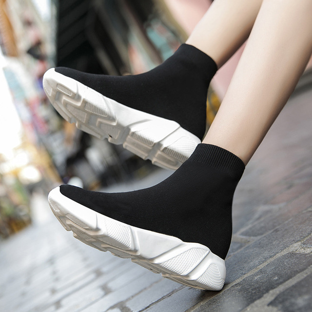 Brand Unisex Socks Shoes Breathable High-top Women Shoes Flats Fashion Sneakers Stretch Fabric Casual Slip-On Ladies Shoes