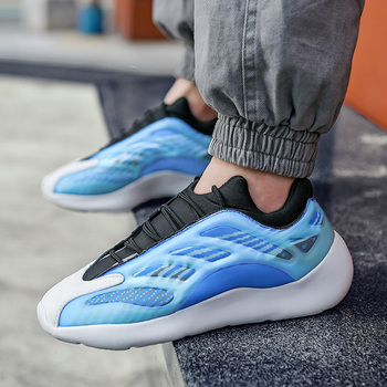 Casual Shoes Men Breathable Retro Couple Sneakers Chunky Dad Shoes Luminous Fashion Men Sneakers Large